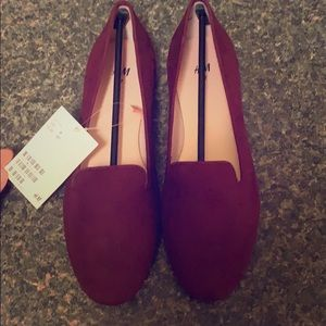 H&M loafer flats burgundy *BRAND NEW WITH TAGS*!!